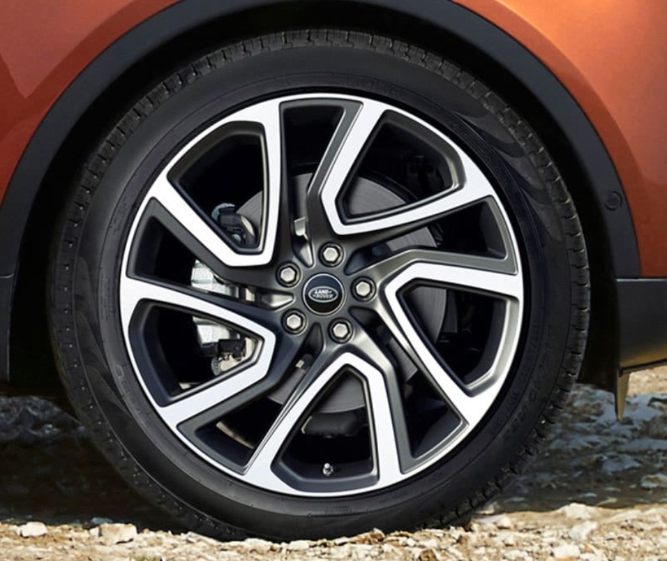 怎么看揽胜轮胎尺寸?