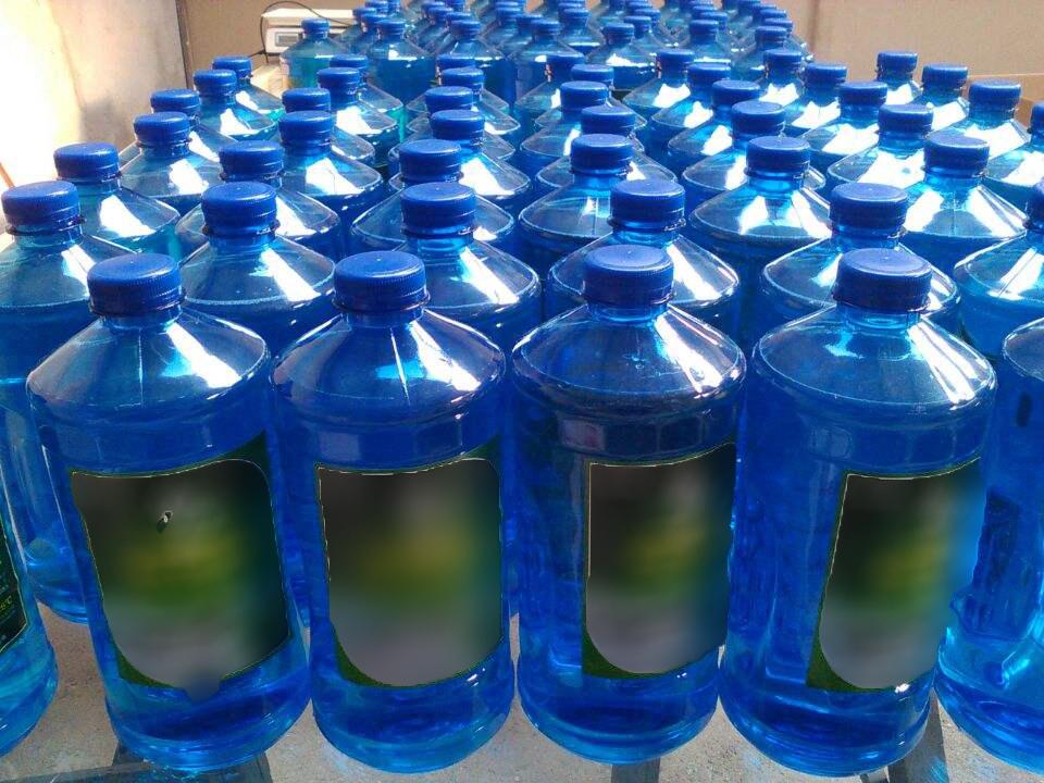 路虎不喷玻璃水原因详解及玻璃水选购